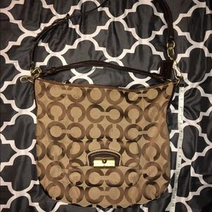Coach Kristen Hobo Large!